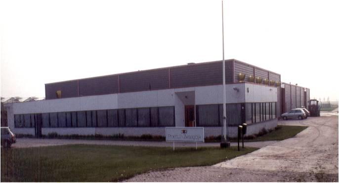 Afb. 1 In 1986 is Vertify onder de naam Proeftuin Zwaagdijk gestart. Het aablik van het bedrijf is in de loop van de jaren ingrijpend veranderd.