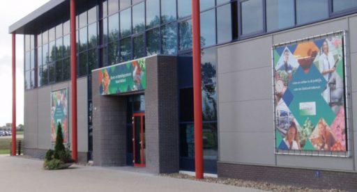 Afb. 3 Voor een verdere ontwikkeling werd in 2008 besloten om nieuwe kassen, lokalen, kantoor, presentatieruimte en opslag bij te bouwen.